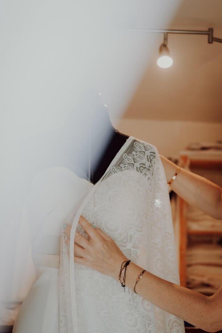 atelier de couture,créatrice de robes de mariées, robes de mariée deux sèvres,atelier de couture 79,robe de mariage deux sèvres,robe de mariée création,création robe de mariée niort,création robe de mariée poitiers, création robes de mariée parthenay bressuire,styliste modéliste mariée, atelier de robes de mariée, robes de mariées nouvelle aquitaine, couturede robes de mariée,couturière sur mesure deux sèvres,couturière sur mesure poitou charentes,robes de mariées bohême deux sèvres,créatrice robe de mariage bohême,robes de mariées uniques,création robe de mariée originale,robe de mariée style pinup années 50,robe de mariée empire 1900,robe de mariée vintage unique,robe de mariage sur mesure,robe de mariée sur mesure,robes de mariées sur mesure,robe de mariée dentelle de calais dos nu,robes de mariée dos nu plongeant,créatrice de robe de mariée france,robe de mariées en france,créatrice française,artisan français,artisanat d'art france,artisan métier d'art couture,virginie hautclocq,anna et june,anna & june,atelier de création couture niort,magasin robe de mariée 79 deux sèvres,mariage éco responsable,mariée eco responsable, mariage eco friendly,robe de mariée éco conçue,robe de mariée biologique,robe de mariée matières naturelles,robes de mariée écolo,créatrice de robe de mariée écologique,mariage écologique,atelier de robe de mariée éco conçue,mariage bohême france,